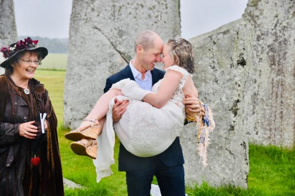 Real Wedding: Stonehenge Handfasting Ceremony